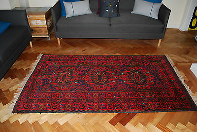 """VINTAGE TRADITIONAL PERSIAN HAND MADE WOOL RUG 200cm x114cm (6'6"""" x 3'7""""approx)"""