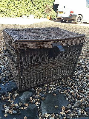 Vintage Antique Wicker Basket Trunk Large Lined With Lock