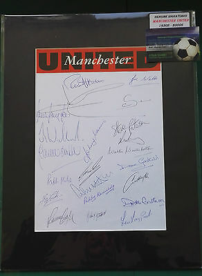1930's - 2000's MANCHESTER UNITED FOOTBALLERS SIGNED DISPLAY x 23 LEGENDS - RARE