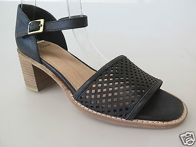 $40 Clearance - Mollini - new ladies leather sandals size 37 / 6.5 #39
