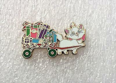 Disney DSF DSSH Aristocats Marie Wagon of Presents Toys for Tots 2016 LE 500 Pin