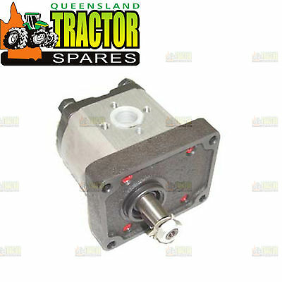 Fiat 450, 470, 480, 500, 540 Power Steering Pump with Free Mounting Gasket