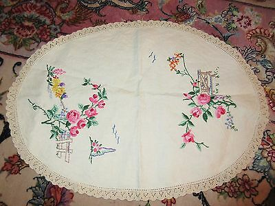 Vintage Hand Embroidered Dresser Table Scarf Oval w/ Flowers