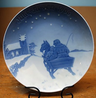 Bing & Grondahl 1906 Christmas Plate - Sleighing to the Church on Christmas Eve