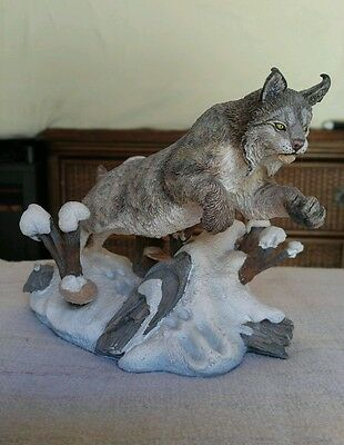 """Danbury Mint """"Winter Chase"""" Sculpture - Nick Bibby - N.A. Big Cats Collection"""