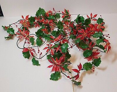 Vtg Xmas Decoration Plastic Holly Berry Poinsettia Flower Garland Holiday Wreath