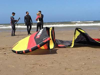 Kitesurfing Lessons North Wales, 4 Day Christmas Special Deal