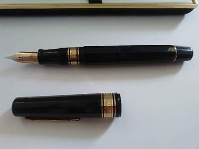 Penna stilografica Omas the Paragon 8321F , 1984