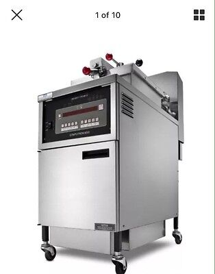 2 Chicken Pressure Fryer Gas New With Shelved Basket Both At That Price