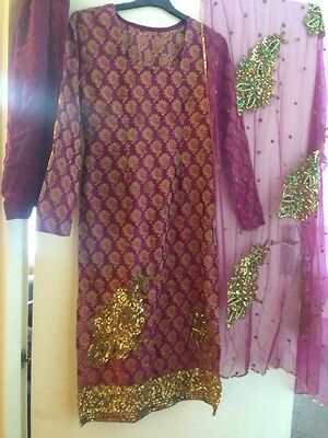ladies Asian suit size Small