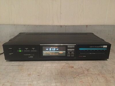Sansui T-700 AM/FM Stereo Tuner Tested 100%