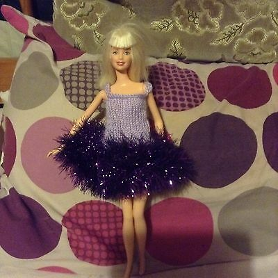 Hand knitted clothes for Barbie/sindy
