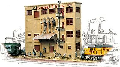 Walthers - Cornerstone Series� Background Building - Centennial Mills - HO Kit