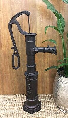 Large Outdoor Cast Iron Hand Water Pump Garden Feature Ornament Fountain