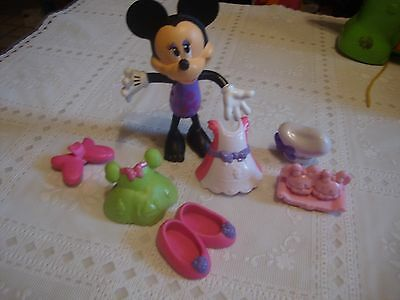 Minnie Mouse Bow tique, Snap & Style Minnie Doll with Accessories...6.99