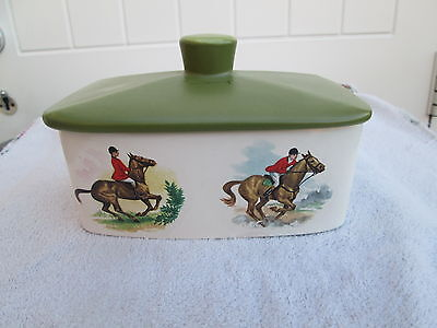 The Royal Worcester group palissy butter dish fox hunting scenes