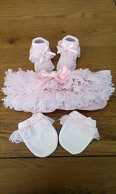 newborn baby girls pink frilly pants with lace pram socks mittens  brand new