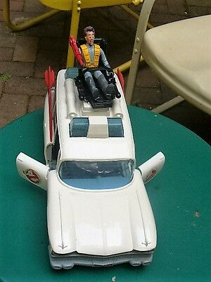 Ghost Busters 1984 ECTO.1 Ambulance, White, excellent #280076 -2