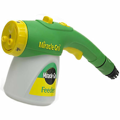 Garden Miracle Gro Feeder + All Purpose Soluble Plant Food + Hose End Connector