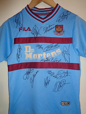 West Ham Utd signed football shirt by a superstar team inc COA