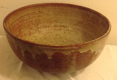"Vintage Large Beige Brown Stoneware Pottery Dish /bowl 11"" X 5.5""–Signed Vg+"