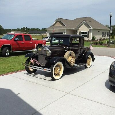 1930 Ford Model A Delux model a five windo coupe