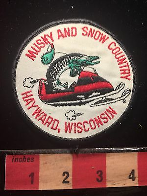Vtg HAYWARD Wisconsin Patch ~ Musky And Snow Country Angler Fisherman Fish S60B