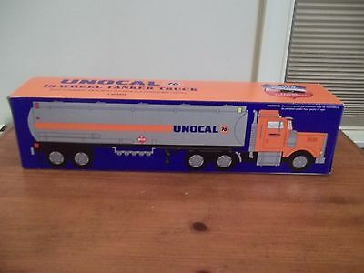 1996 Unocal 76 18 Wheeler Toy Tanker Truck Nib Real Lights+Sounds 1/32 Taylor