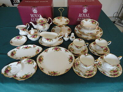 """2 NEW Royal Albert """"Old Country Roses"""" Original 1962, 20 Piece Dinner Sets & Acc"""