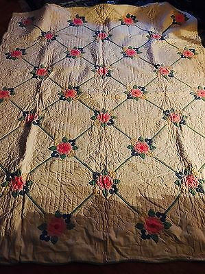 """Beautiful Antique Hand Sewn Applique Quilt Approx 86"""" X 77"""""""