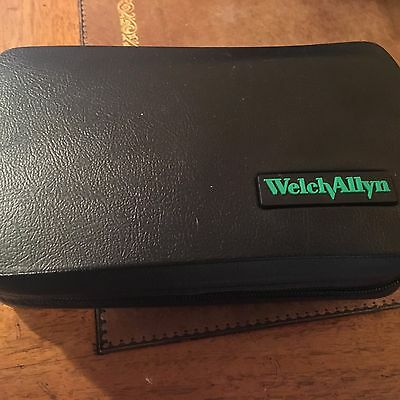 Welch Allyn Diagnostic Set 23820  Macroview Otoscope 11720 Ophthalmoscope