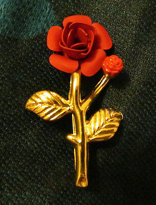 """Red 1 5/8"""" Metal Rose brooch pin, with a bud, gold tone leaves & stem,  Vintage"""