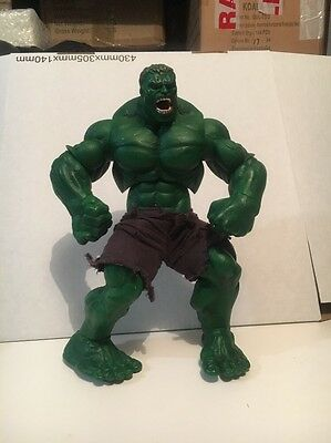 """The Incredible Hulk 2003 Action figure toy 12"""" tall torn cloth pants Marvel"""