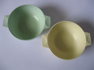 2 Vintage MELAWARE Retro Melamime Plastic Cereal / Baby Bowls 1950s 1960s 60s