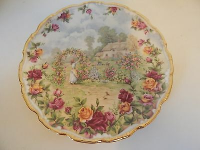 Royal Albert Country Roses Cottage Plate Wall Hanging