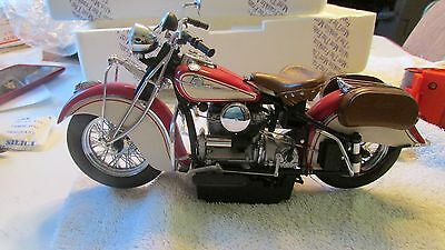Franklin Mint Indian Motorcycle red/white  die cast 1:10