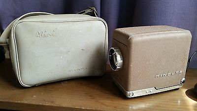 Vintage Minolta Mini projector Incl. Case - Circa 1955 - Good Working Condition