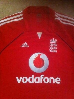 ENGLAND CRICKET SHIRT - 40/42 INS CHEST - A1 Condition - Vodafone