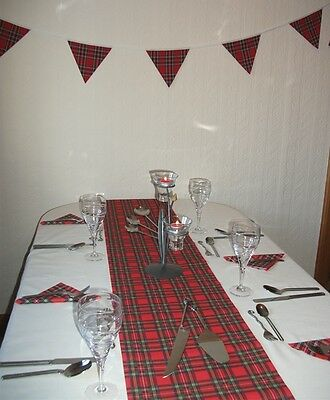 Scottish Red Tartan Party Pack with 20 Napkins, 4m Table Runner & 3m Bunting