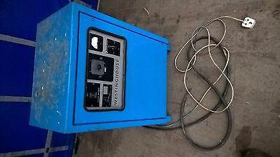 Westinghouse Sv12/30 Forklift Battery Charger  .