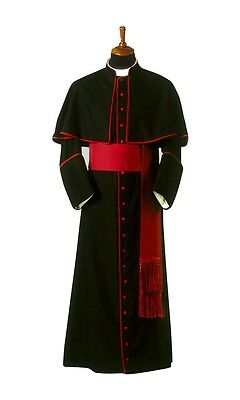 cassock with attached shoulder cape / Bishop cardinal cassock