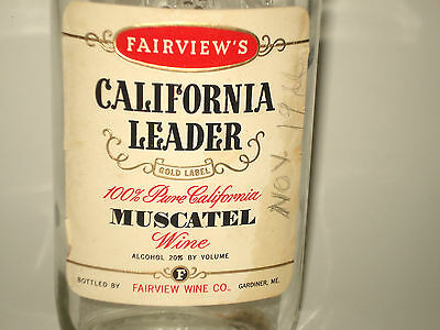 Old California Leader Wine Bottle from Gardiner Maine w/original paper label