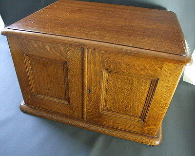 Vintage empty wooden oak cutlery box with 4 drawers - ideal collectors cabinet