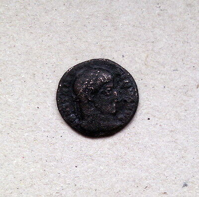 lot 11 - Ancient Roman coin - Constantine The Great - VOT - year 307-337 AD Æ