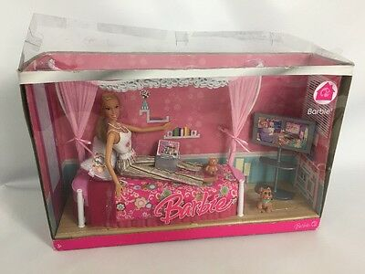 Barbie My House Mattel 2007 - Bedroom & Doll With Dog Contents Sealed & Unused.
