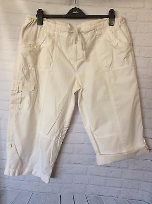 BUB 2 B ~Summer White Cotton Cargo Style MATERNITY 3/4 Pants ~Pre-Loved ~Size 16