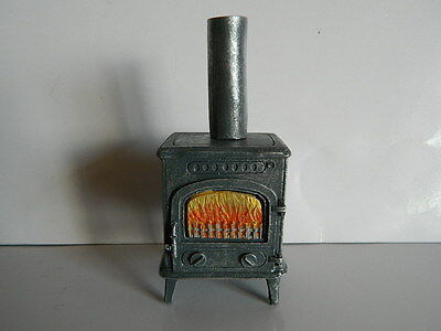 (HP28) DOLLS HOUSE small RESIN WOOD BURNING STOVE