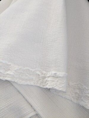 Shabby Chic White Ruffle Cotton Maple Throw Rug