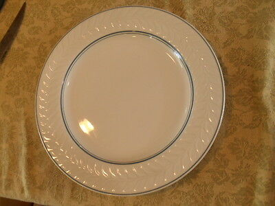 "Shenango SHO361  12-1/4"" DIAMETER PLATE with EMBOSSED WREATH AND GREEN TRIM"