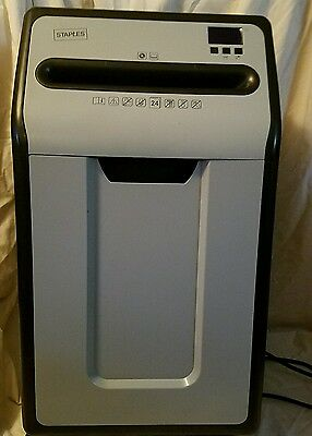 STAPLES HEAVY DUTY SHREDDER model SPL-XC2402P